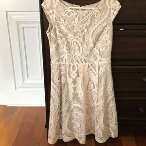 Liz Claiborne size 6 lace dress